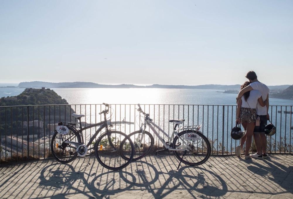 Vuoi Scoprire Napoli Andando In Bicicletta