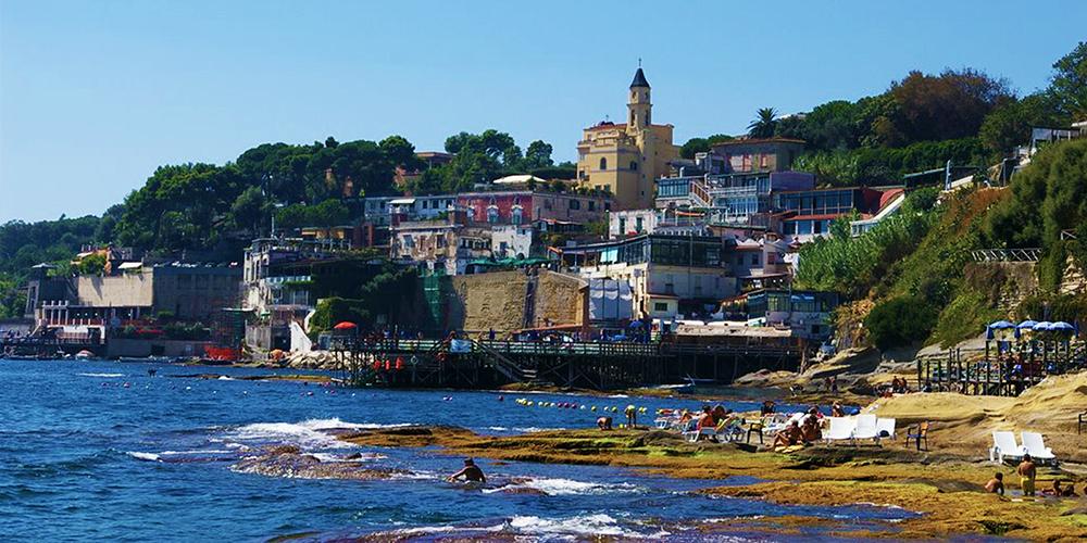 Lo Scoglione The Cliff Of Marechiaro